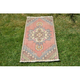"""Natural Turkish Vintage Small Area Rug Doormat For Home Decor 3'2,2"""" X 1'5,7"""""""