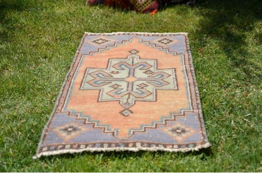 "Unique Turkish Vintage Small Area Rug Doormat For Home Decor 2'11"" X 1'4,9"""
