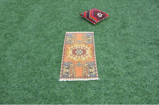 """Natural Turkish Vintage Small Area Rug Doormat For Home Decor 2'11"""" X 1'5,7"""""""