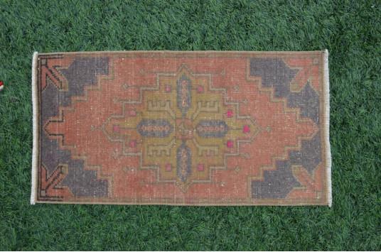 "Unique Turkish Vintage Small Area Rug Doormat For Home Decor 2'11,4"" X 1'7,3"""