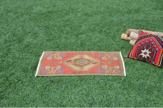"Unique Turkish Vintage Small Area Rug Doormat For Home Decor 3'0,2"" X 1'5,7"""