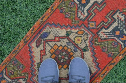 "Turkish Handmade Vintage Small Area Rug Doormat For Home Decor 3'0,2"" X 1'6,1"""