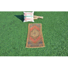 "Unique Turkish Vintage Small Area Rug Doormat For Home Decor 3'2,2"" X 1'5,7"""