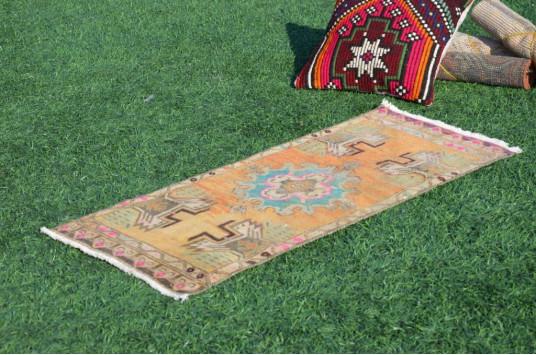 "Unique Turkish Vintage Small Area Rug Doormat For Home Decor 3'3,4"" X 1'5,3"""