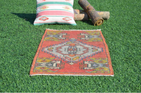 "Vintage Handmade Turkish Small Area Rug Doormat For Home Decor 3'0,6"" X 1'7,7"""