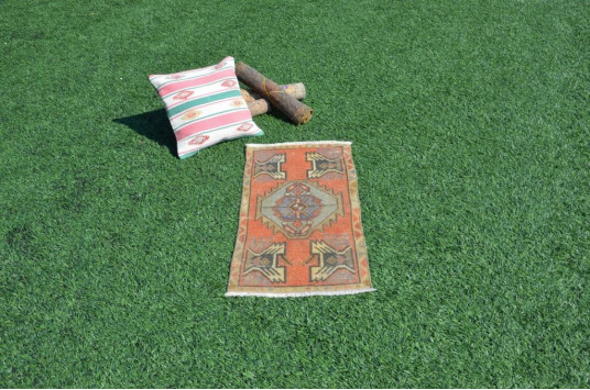 """Natural Turkish Vintage Small Area Rug Doormat For Home Decor 2'11,4"""" X 1'5,3"""""""