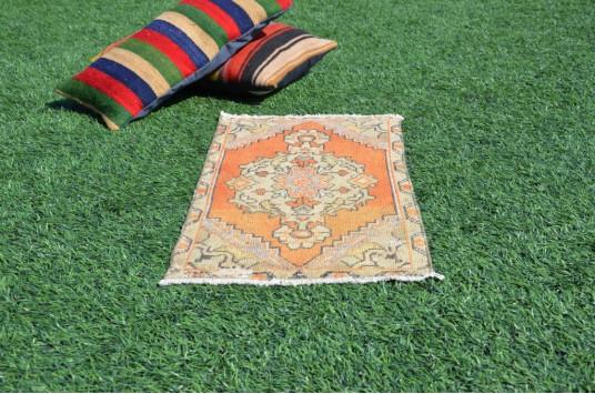 "Turkish Handmade Vintage Small Area Rug Doormat For Home Decor 2'10,3"" X 1'4,9"""