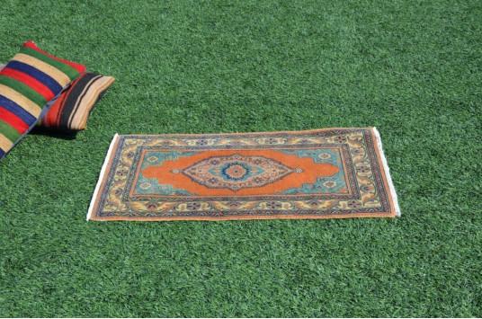 "Unique Turkish Vintage Small Area Rug Doormat For Home Decor 3'4,2"" X 1'10"""