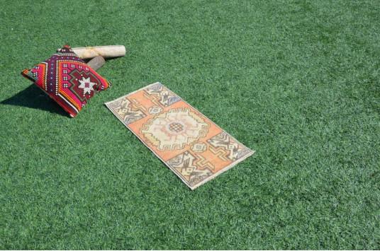 "Turkish Handmade Vintage Small Area Rug Doormat For Home Decor 2'10,3"" X 1'4,1"""
