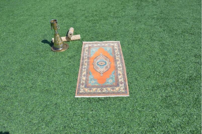 "Unique Turkish Vintage Small Area Rug Doormat For Home Decor 3'8,1"" X 1'10,4"""