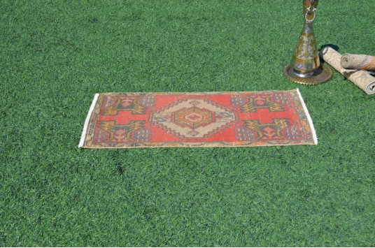 """Natural Turkish Vintage Small Area Rug Doormat For Home Decor 3'4,6"""" X 1'6,9"""""""