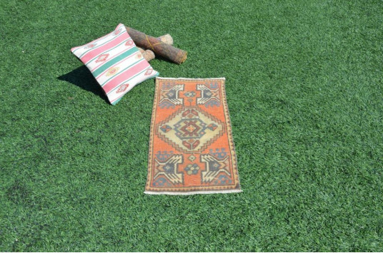 "Vintage Handmade Turkish Small Area Rug Doormat For Home Decor 2'11"" X 1'4,5"""