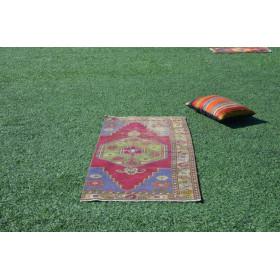 """Vintage Handmade Turkish Small Area Rug For Home Decor 5'6,1"""" X 2'5,9"""""""
